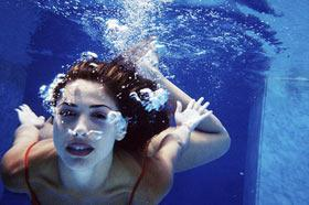 游泳也能感染霉菌性阴道病