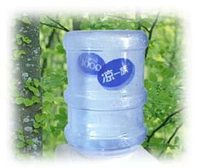 饮用弱碱性水有益健康
