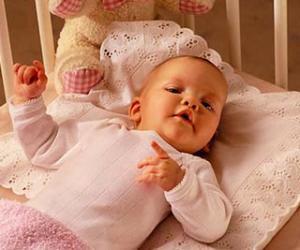 妈妈给宝宝选枕头的误区