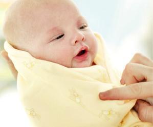 婴儿穿得太多捂出脓疱疮