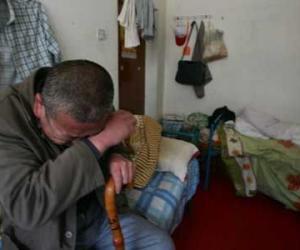 福利院86岁老人生殖器绑塑料袋