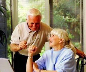 老年人护发保养很重要