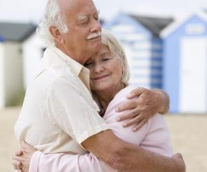 老年人如何预防轻度脂肪肝