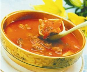 孕妇营养食谱 番茄薯块骨汤
