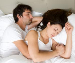 给你的女人一个安心入眠的拥抱